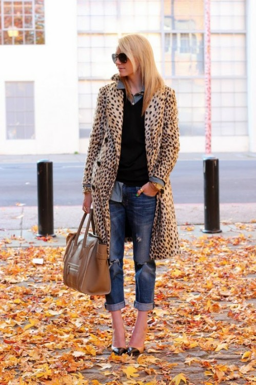 leopard print coat and boyfriend jeans